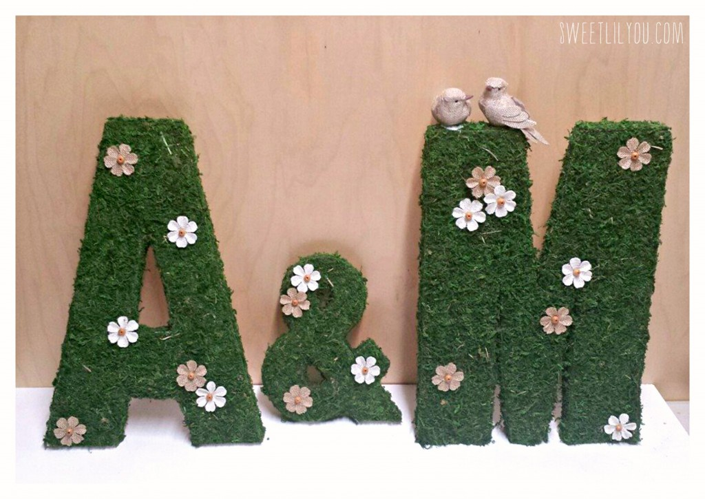 Moss Covered Letters via sweetlilyou.com