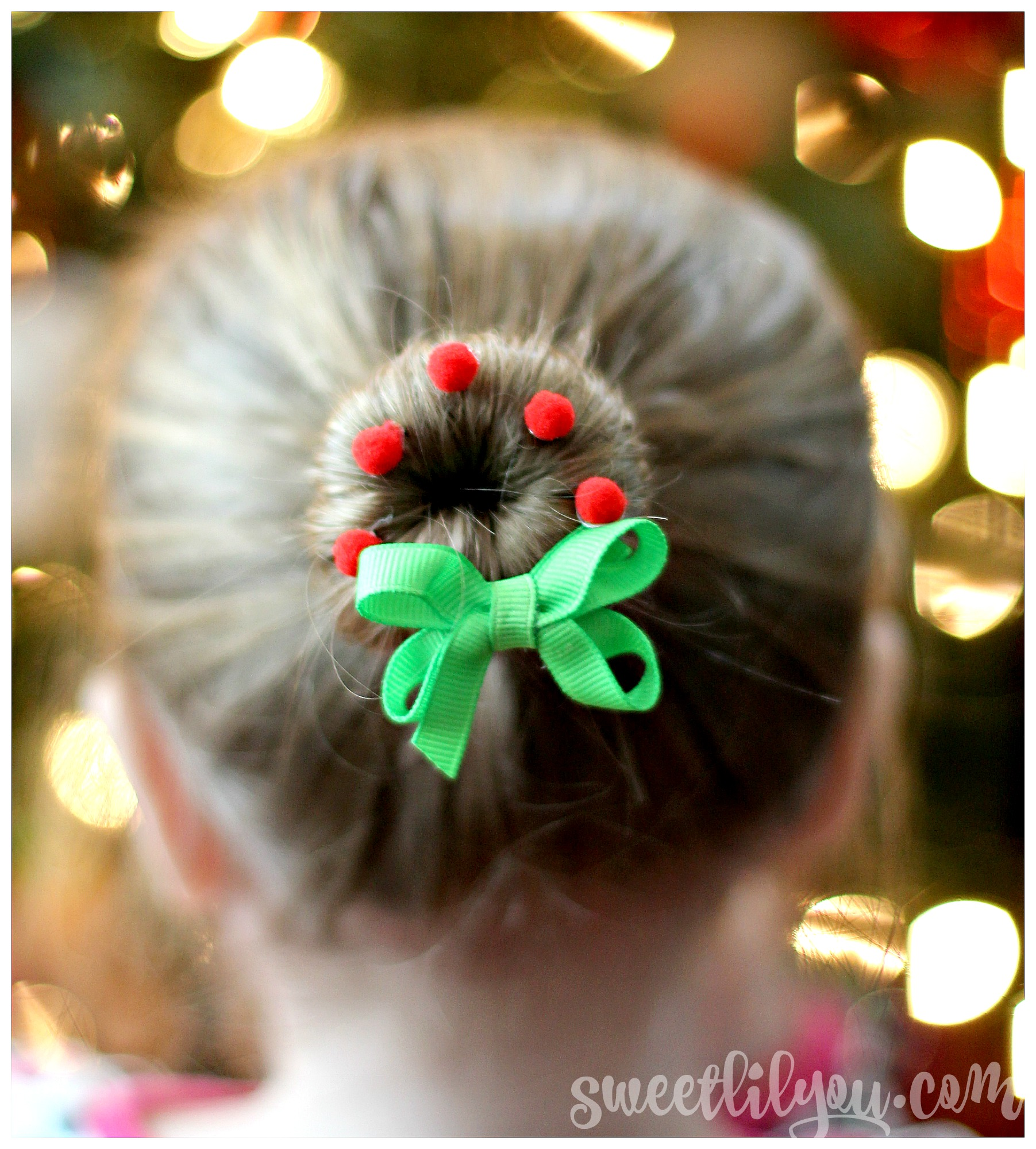 Simple & Adorable Christmas Hairstyles
